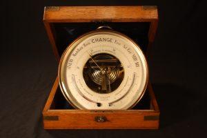 Image of Naudet Barometer