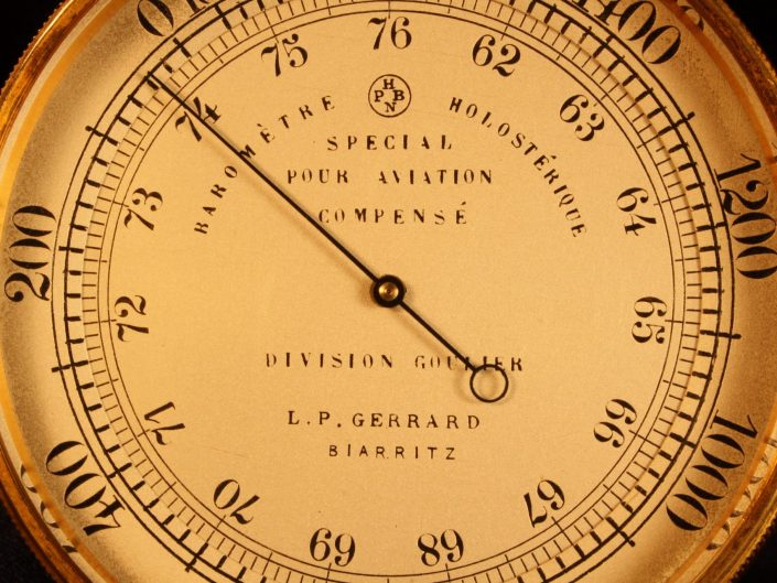 EARLY FRENCH AVIATION ALTIMETER BY NAUDET