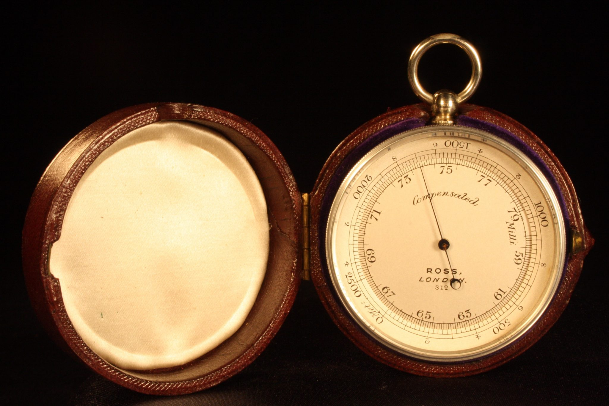 Image of Ross Pocket Barometer, Metric