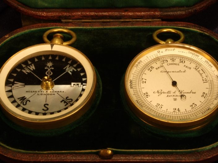 POCKET BAROMETER ALTIMETER & COMPASS TRAVELLING COMPENDIUM BY NEGRETTI & ZAMBRA c1909 - Sold