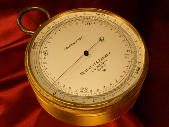 PRESENTATION POCKET BAROMETER BY NEGRETTI & ZAMBRA No 20869 c1914 - SOLD