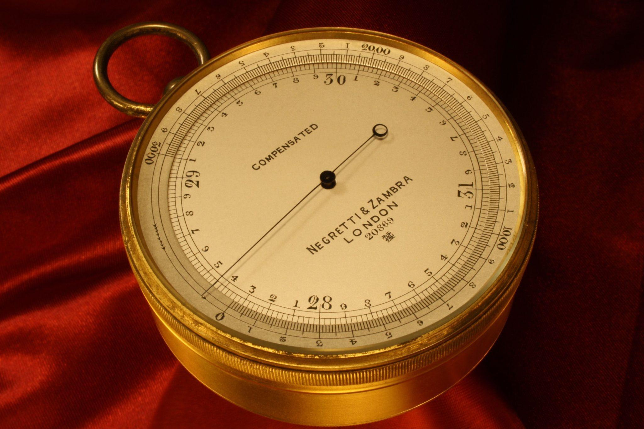Image of Negretti & Zambra Pocket Barometer No 20869 c1914