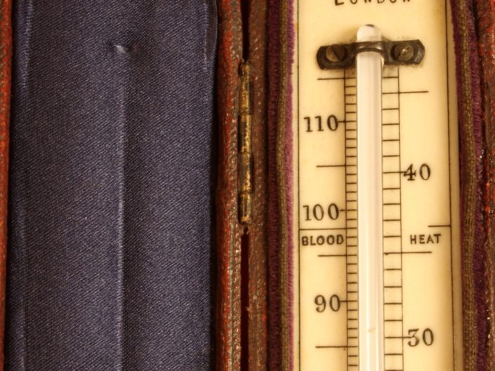 LATER 19th CENTURY TRAVELLING THERMOMETER BY HICKS
