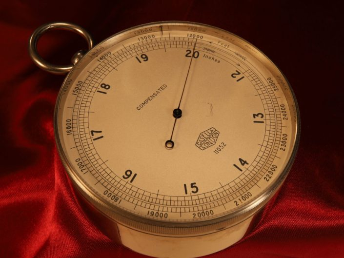 ROYAL GEOGRAPHICAL SOCIETY POCKET BAROMETER ALTIMETER BY CASELLA No 11052 c1930