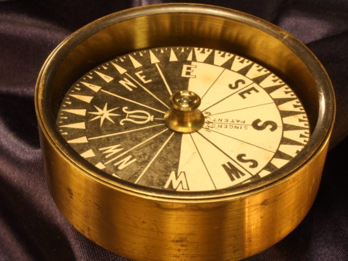 ANTIQUE EXPLORERS STYLE SINGERS PATENT COMPASS No 19938 BY BARKER c1865 - Sold