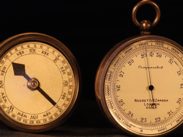 UNUSUAL POCKET BAROMETER COMPENDIUM WITH VERNERS PATTERN III COMPASS BY NEGRETTI & ZAMBRA No 20068 c1905