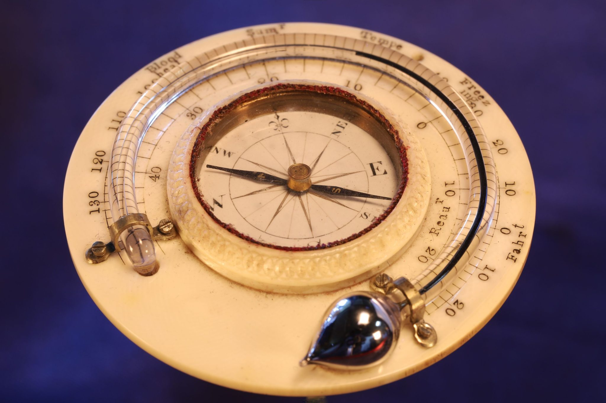 Image of Georgian Travel Compass Thermometer Compendium c1790