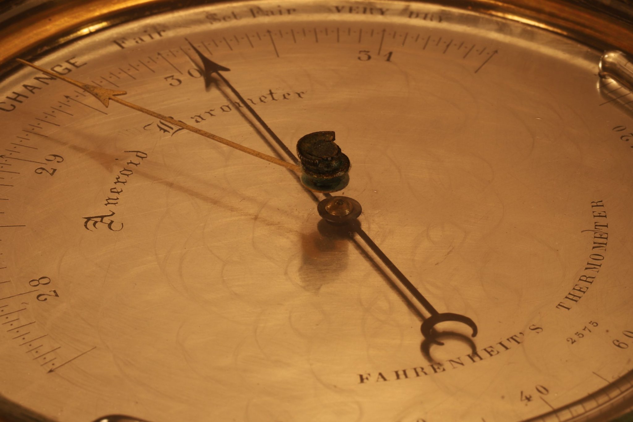 Image of Dent Barometer No 2575 Retailed by Elliott c1849/1859