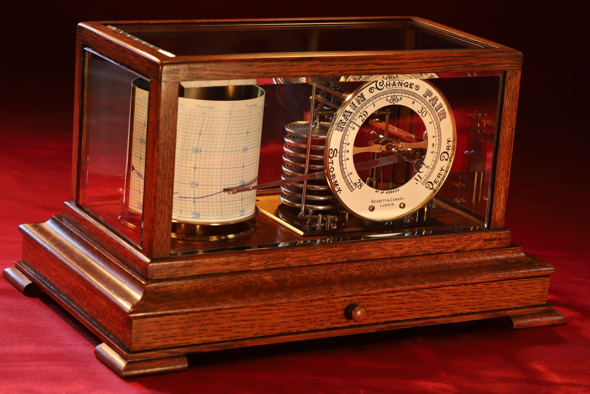 Image of Negretti & Zambra Barograph No 468