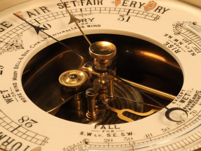 OPEN DIAL ANEROID BAROMETER RETAILED BY MOODY BELL & SON c1890