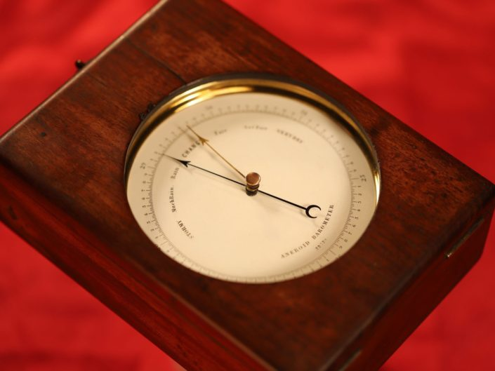 RARE AND INNOVATIVE DENT BAROMETER No 22720 IN DECK CASE c1860
