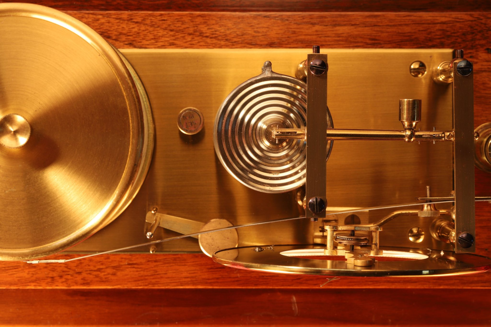 Image of Negretti & Zambra Barograph with Dial c1915