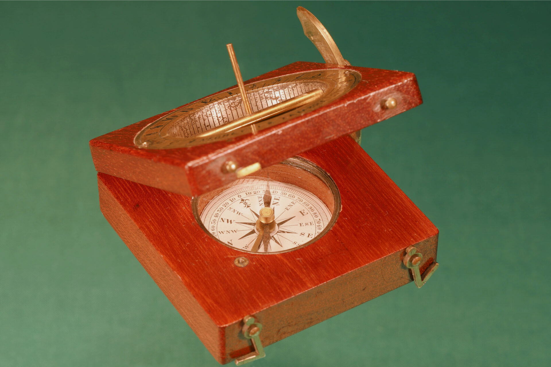 Image of Francis Barker Equinoctial Compass Retailed by Negretti & Zambra c1870 showing open compass from lefthandside