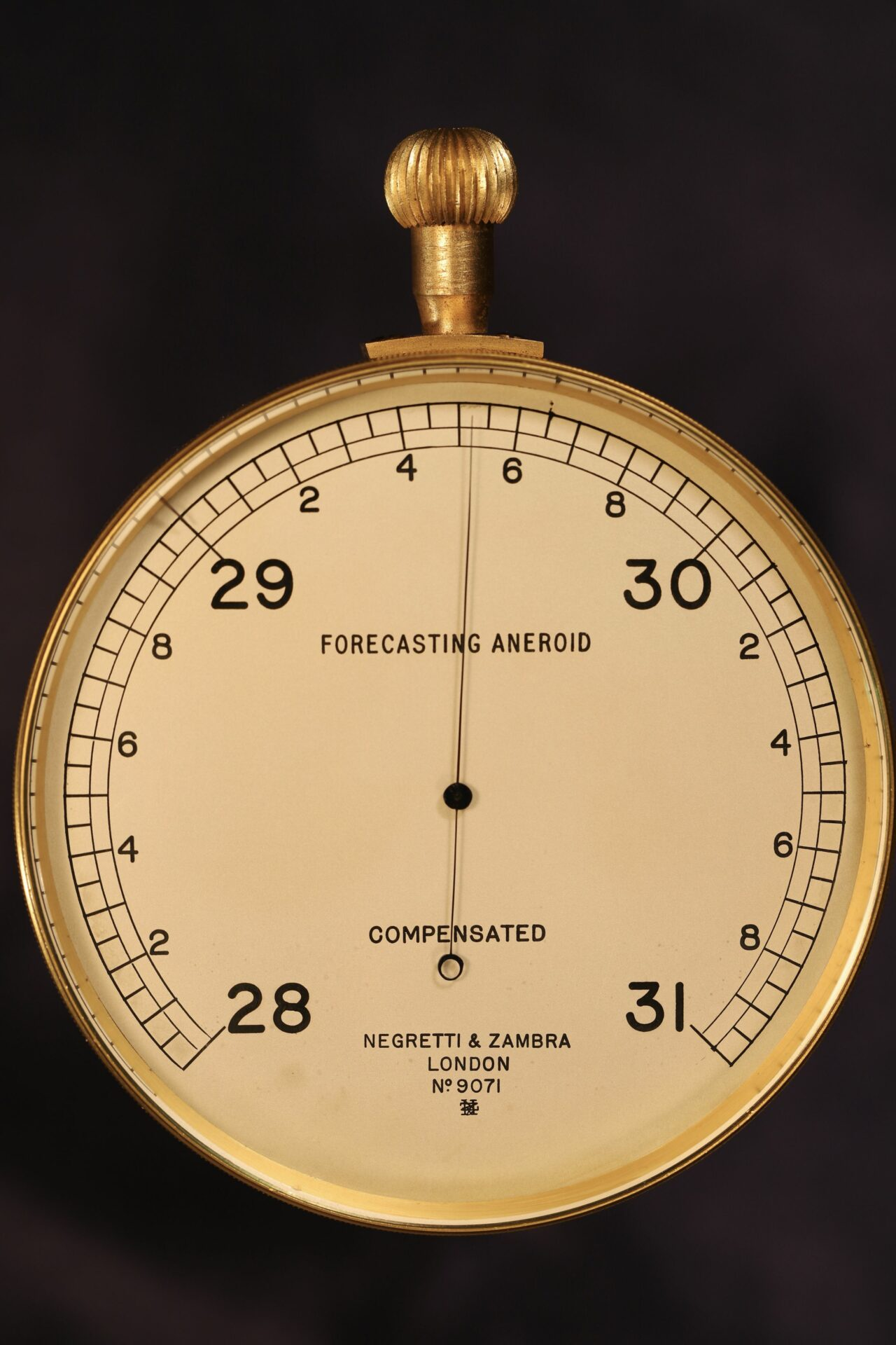 Image of Negretti & Zambra Forecasting Aneroid No 9071 c1920 taken from front