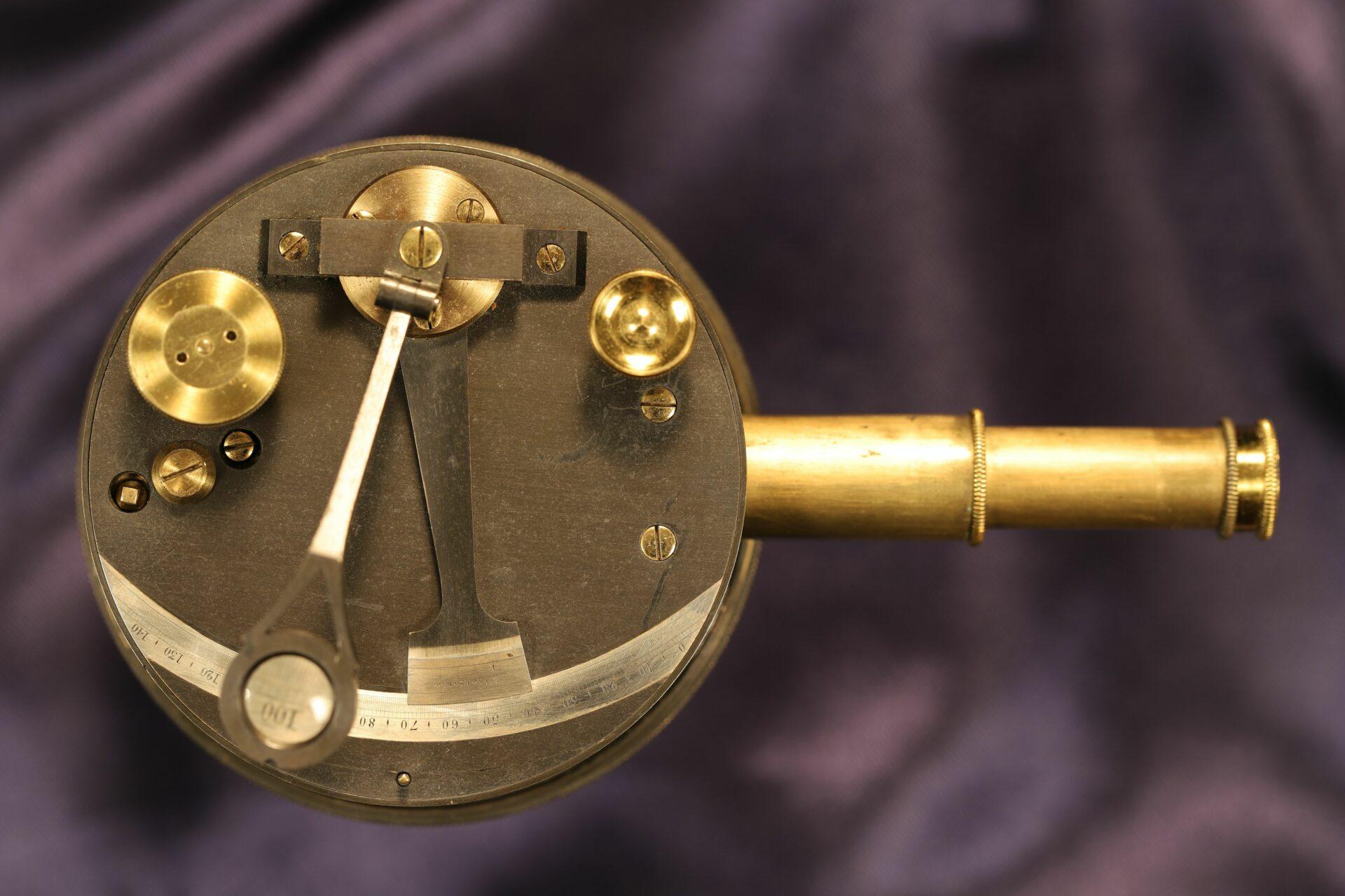 Image of Oxidised Brass Pocket Sextant c1890 showing telescope