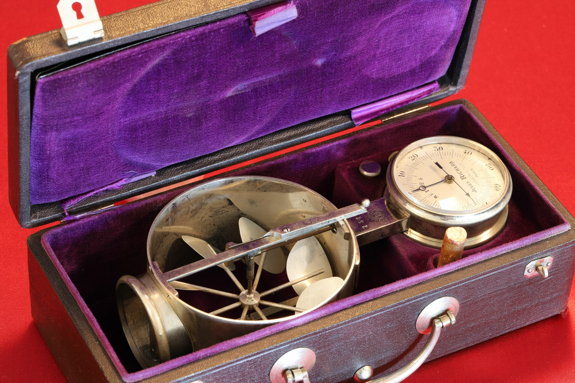 Image of Jules Richard Anemometer No 2316 c1890 in open case