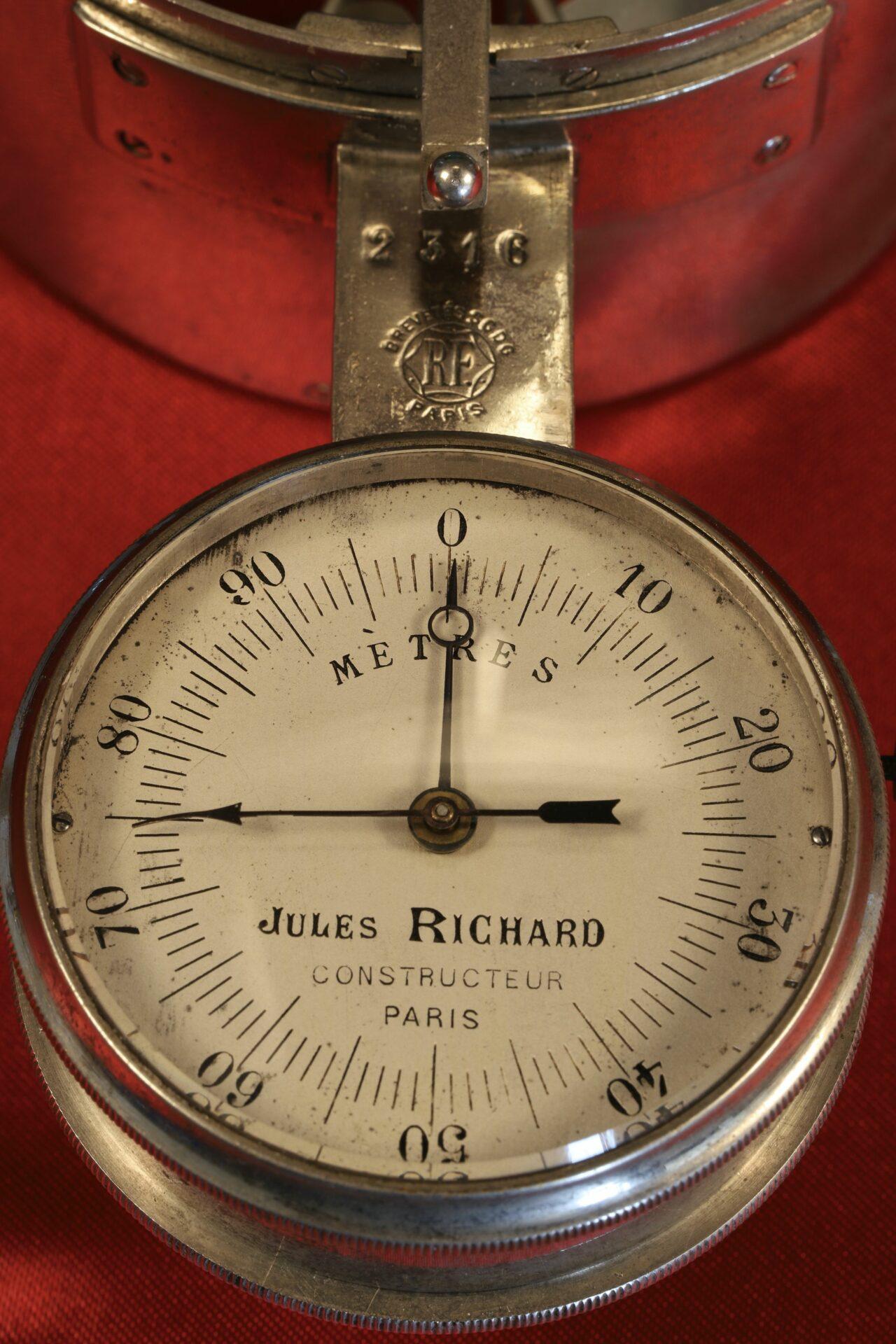 Close up of dial of Jules Richard Anemometer No 2316 c1890