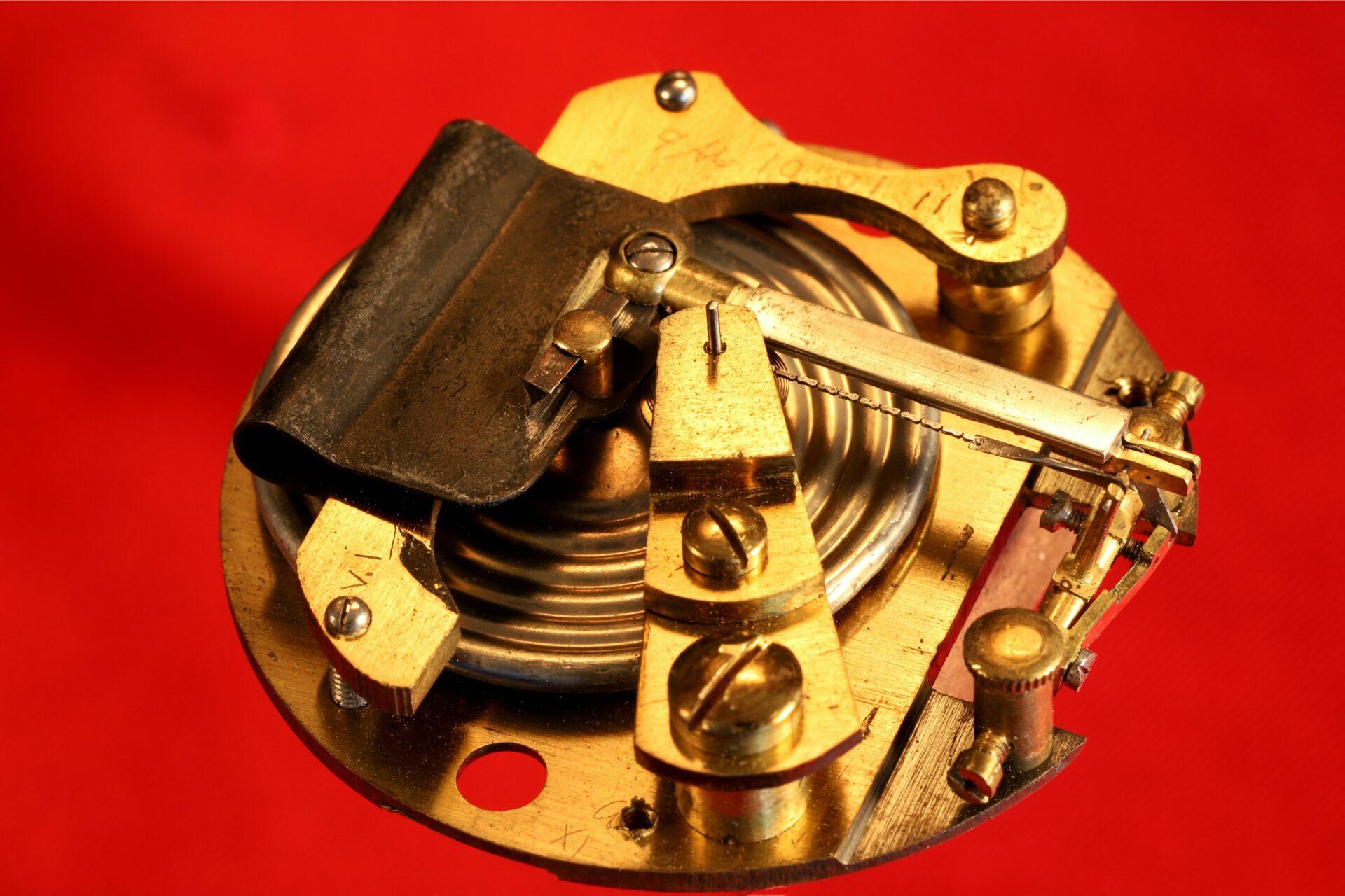 Image of movement for Short & Mason Aluminium Pocket Barometer c1901 taken from left