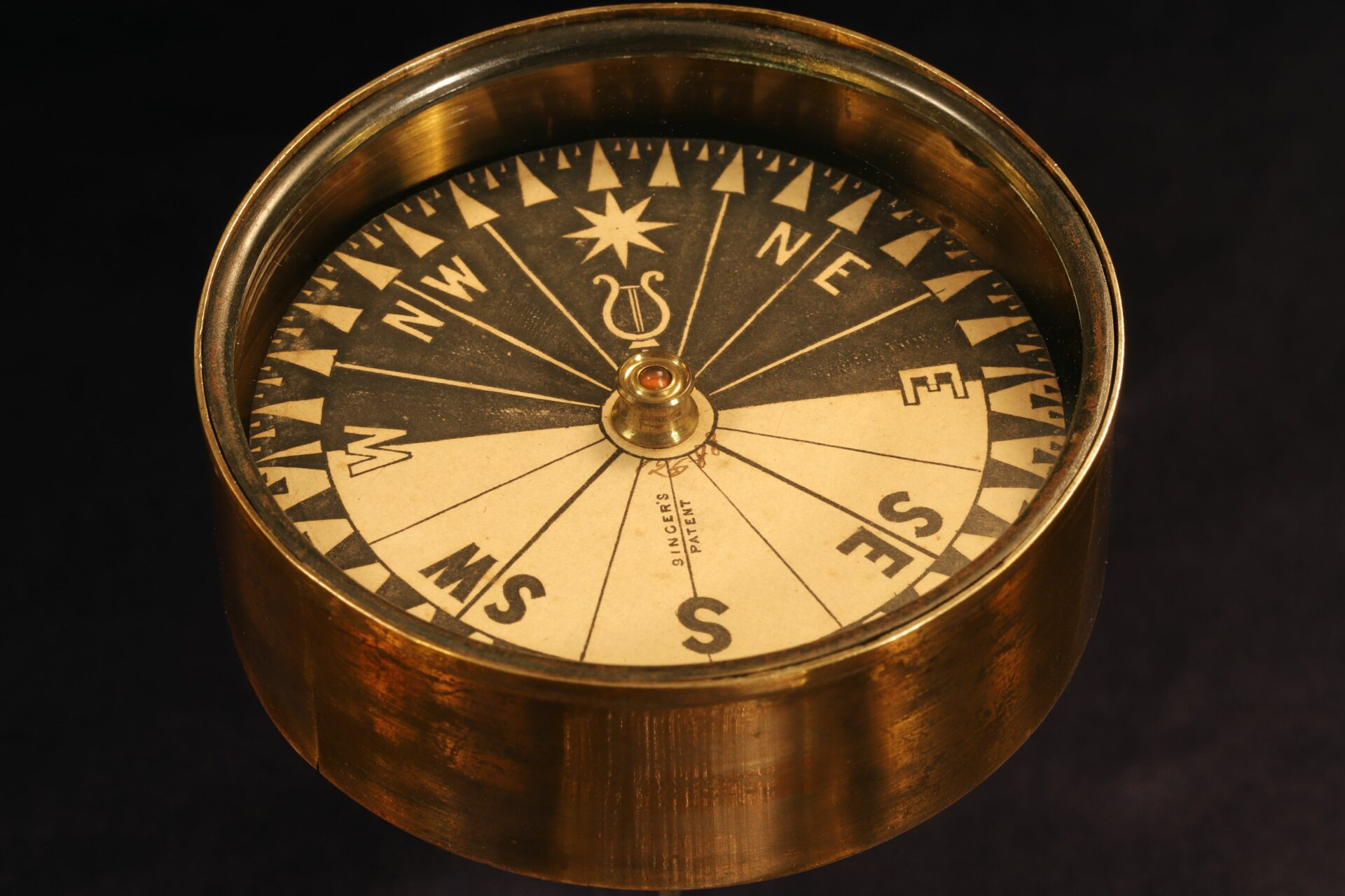 Image of Singers Patent Night Compass No 12588 c1865 showing dial