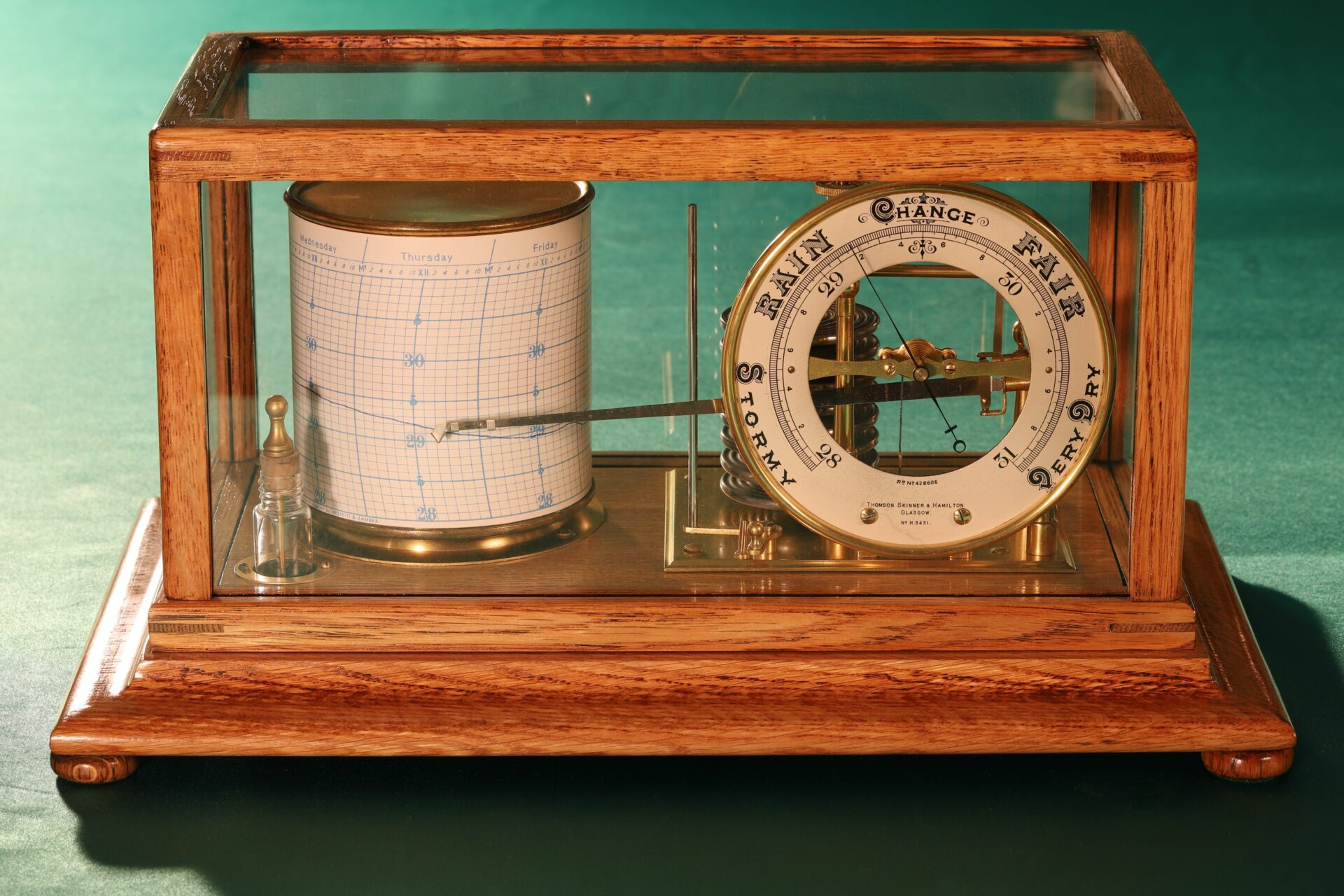 Image of Short & Mason Tycos Drum Barograph with Dial No 5431 c1930 taken from above centre