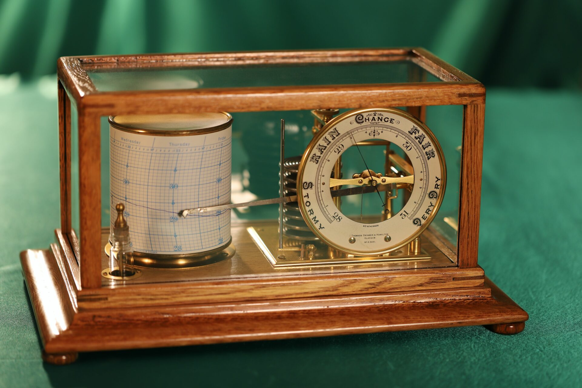 Image of Short & Mason Tycos Drum Barograph with Dial No 5431 c1930 taken from above left