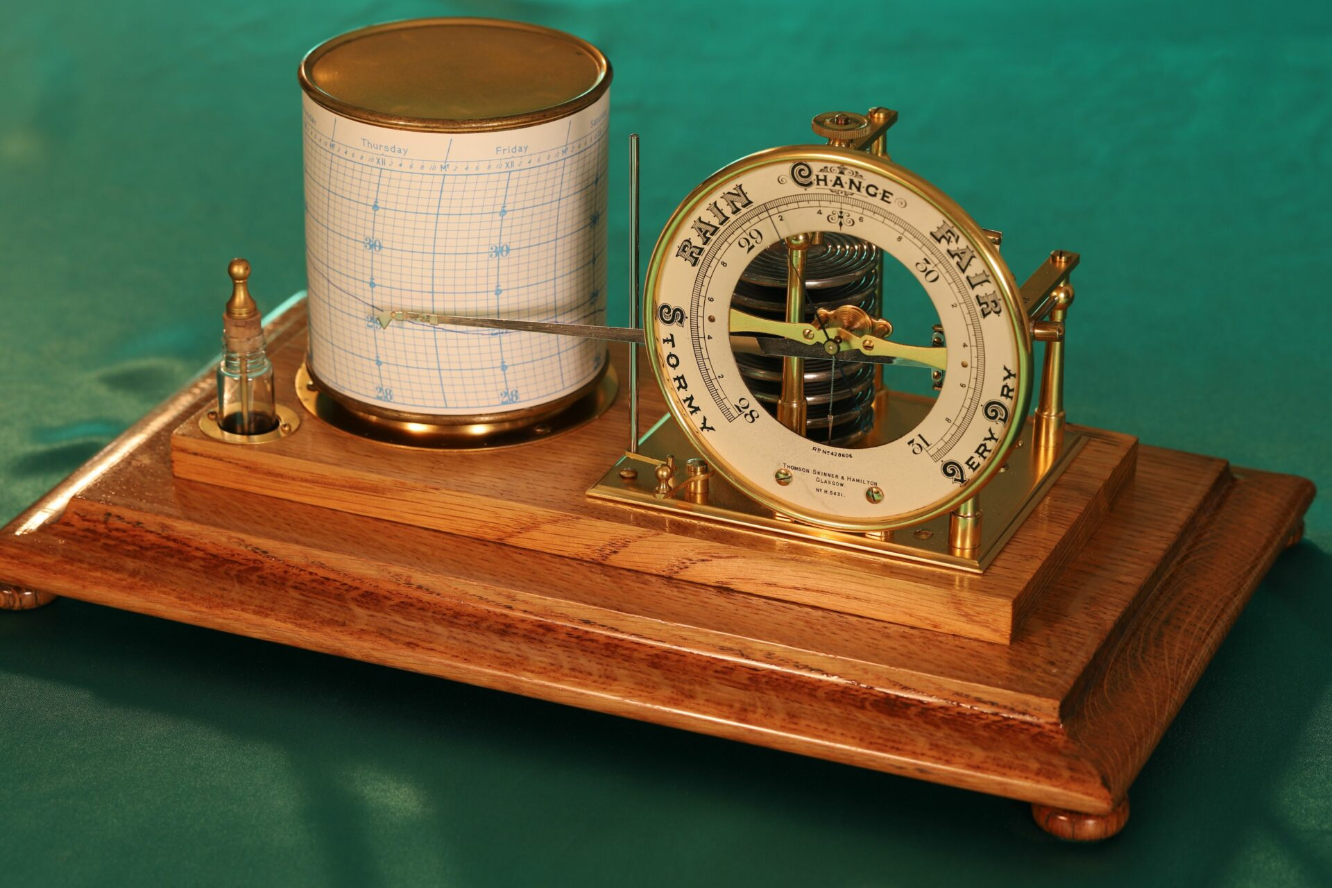 Image of Short & Mason Tycos Drum Barograph with Dial No 5431 c1930 with case lid removed and taken from above right