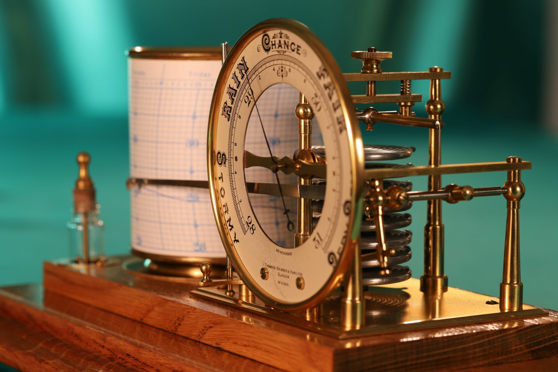 Close up of Short & Mason Tycos Drum Barograph with Dial No 5431 c1930 with case lid removed