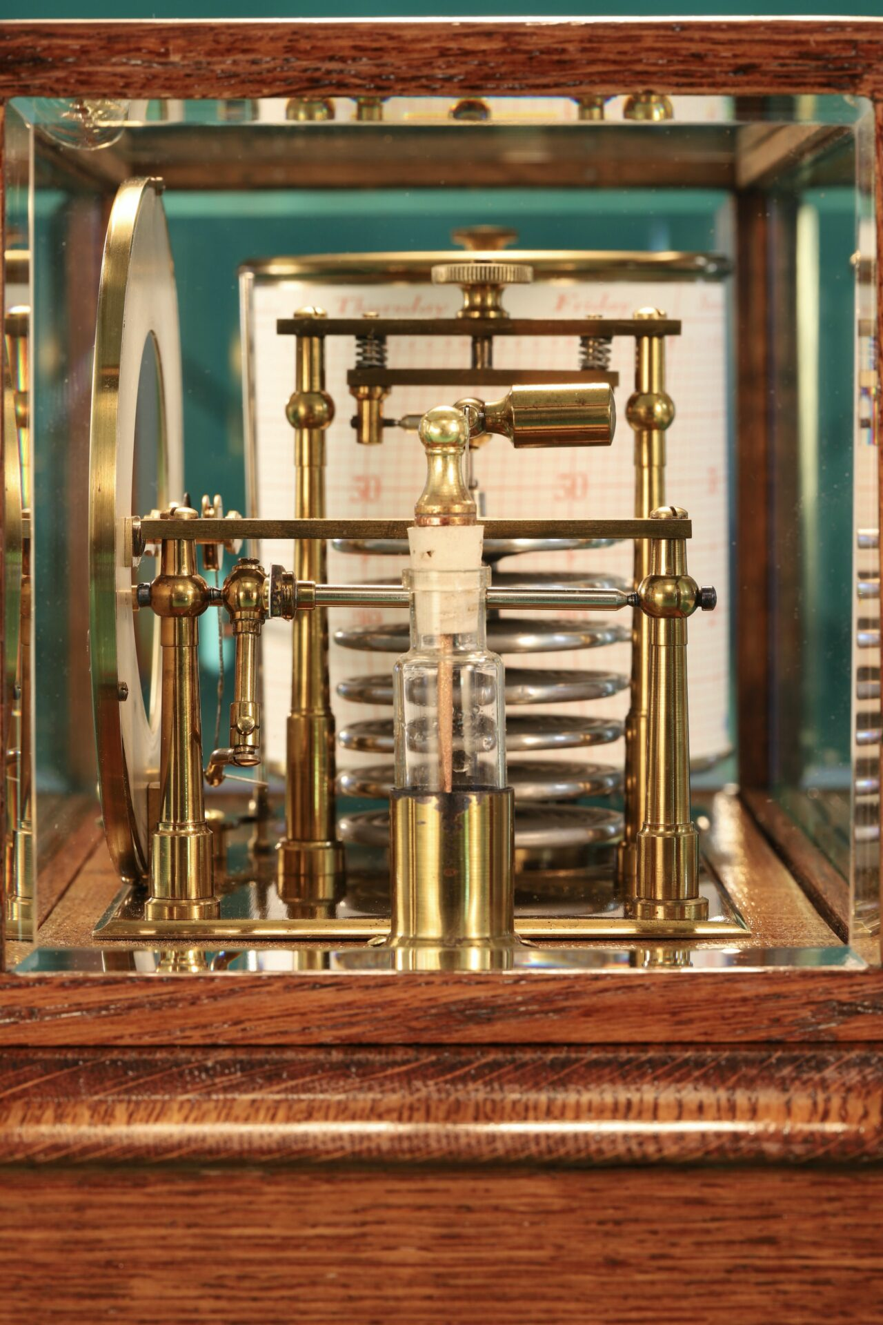 Side view of Negretti & Zambra Barograph with Dial No 455 c1918 taken from right