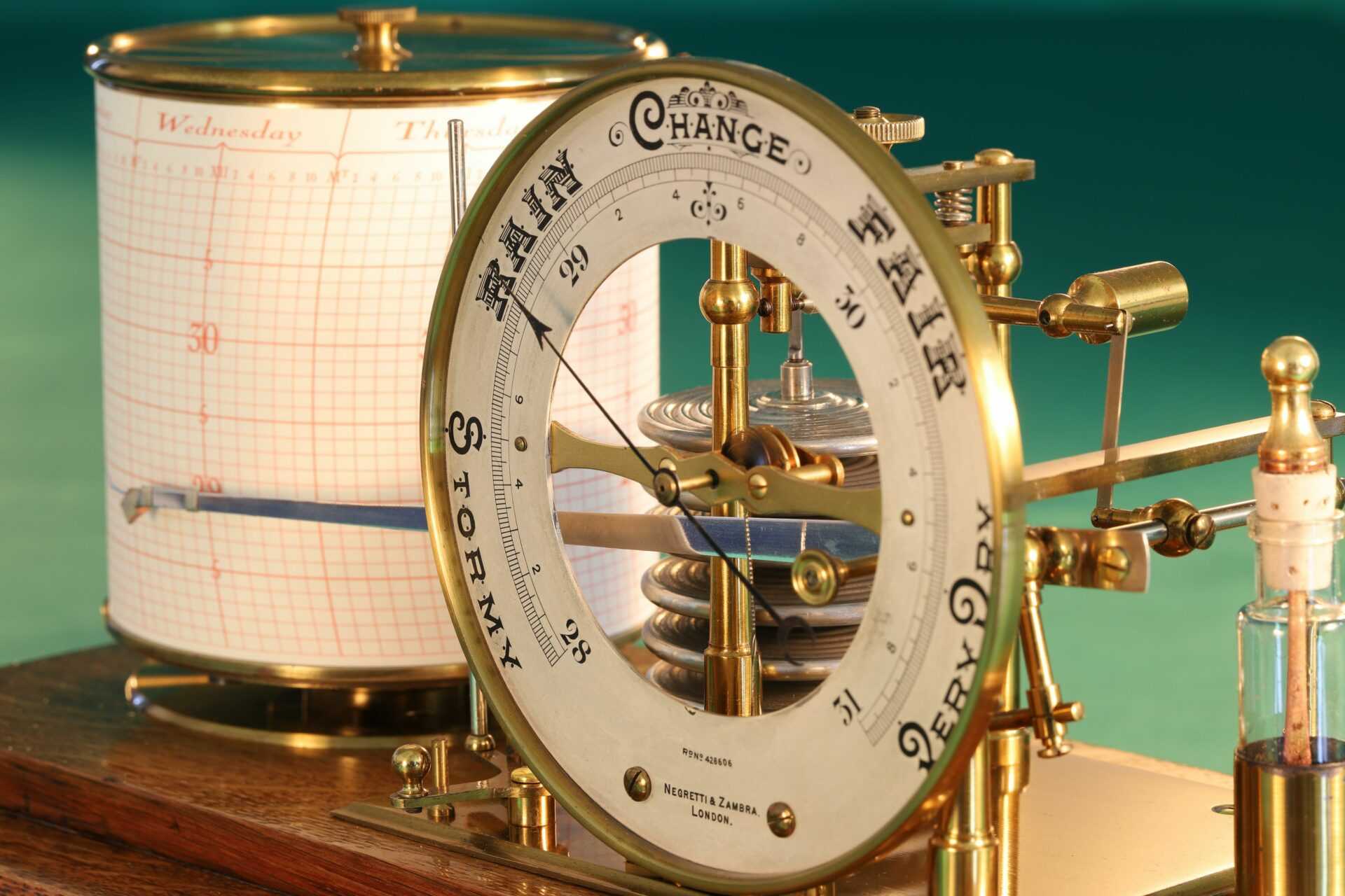Image of Negretti & Zambra Barograph with Dial No 455 c1918 with case lid removed taken from righthand side