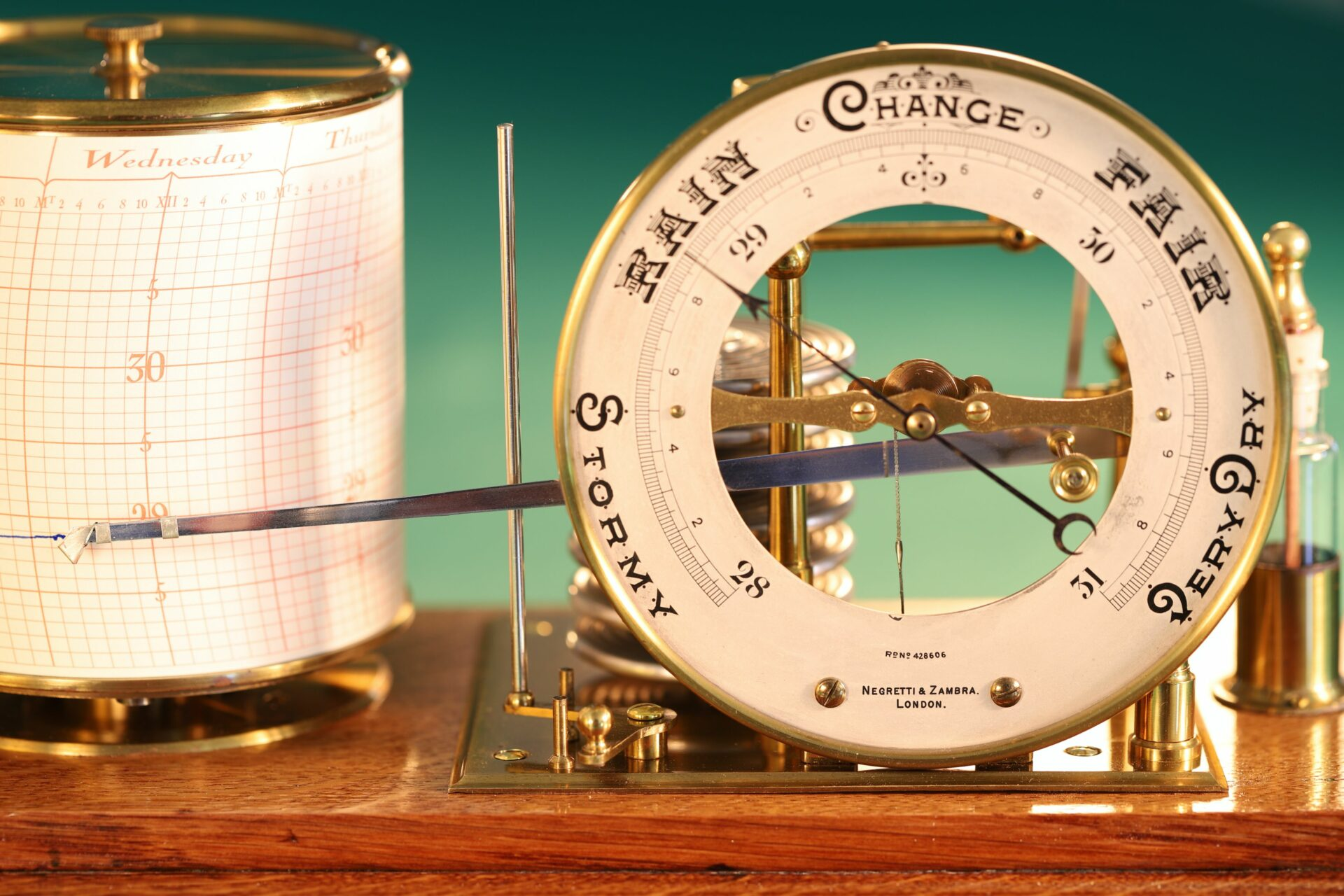Close up of Negretti & Zambra Barograph with Dial No 455 c1918 taken from front