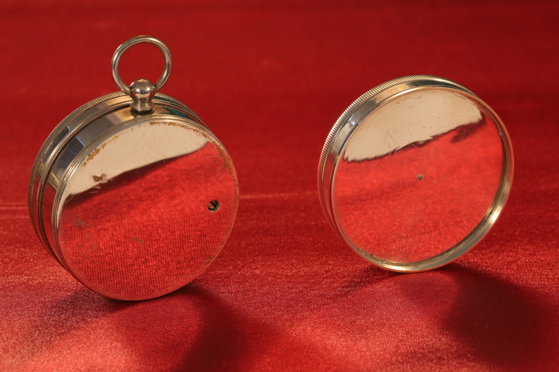 Image of reverse of pocket barometer and compass from Army & Navy COSL Pocket Barometer Compendium c1880