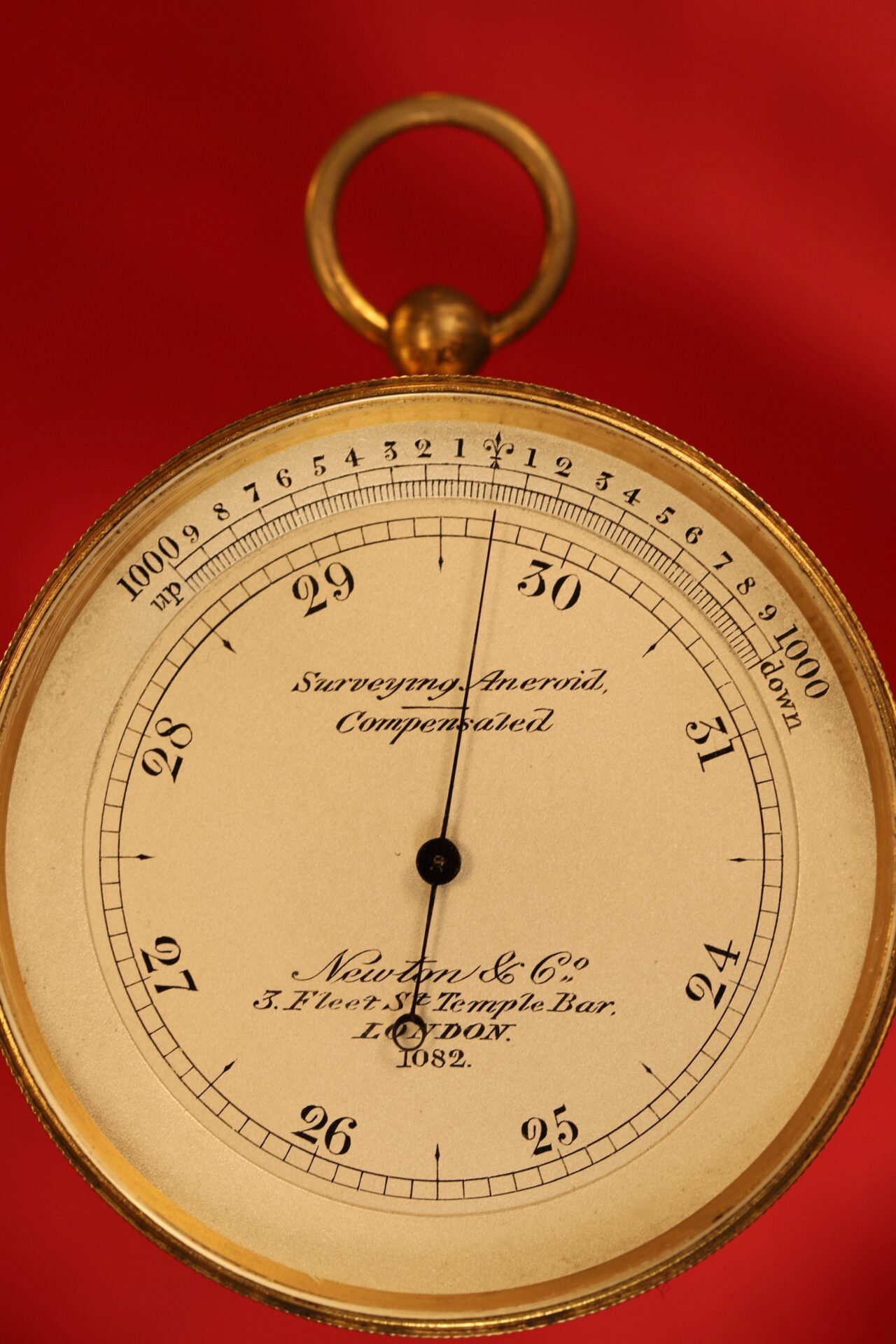 Image of front of Newton Pocket Barometer No 1082