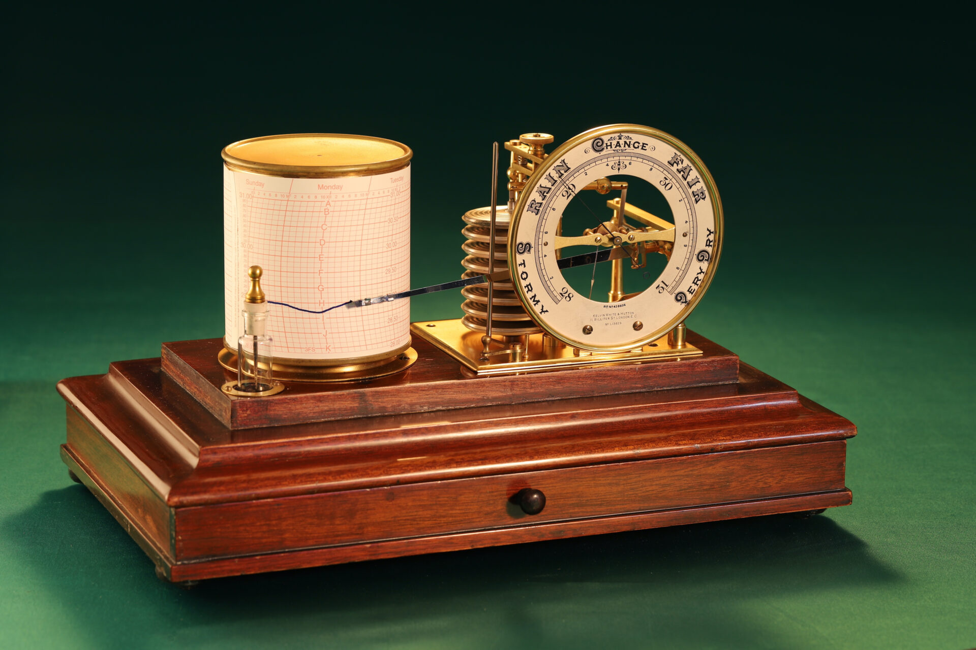 Image of Short & Mason Barograph No L13629 c1930 taken from lefthand side with lid removed