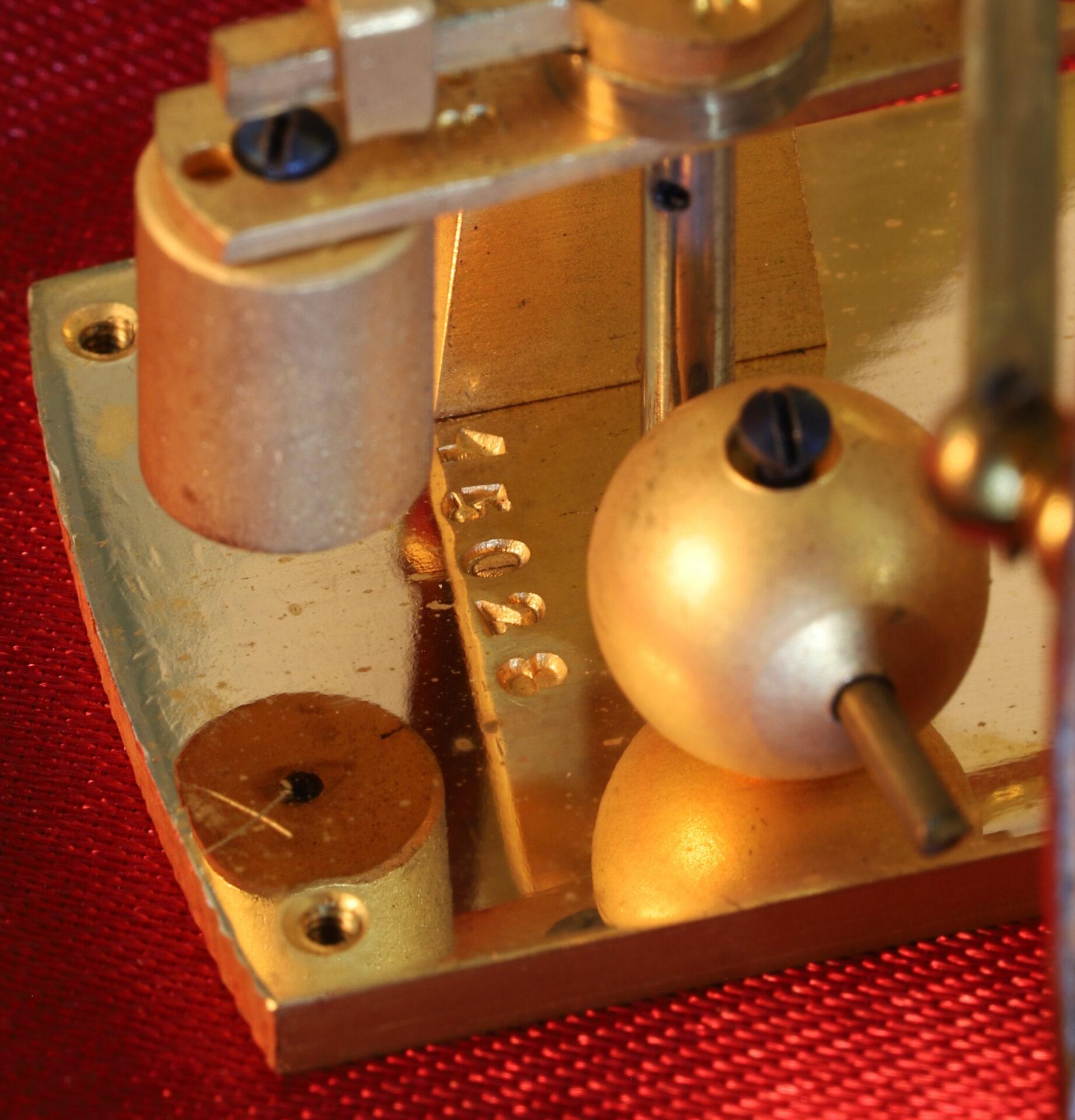 Image of serial number for Jules Richard Bourdon Barometer No 45028 c1900