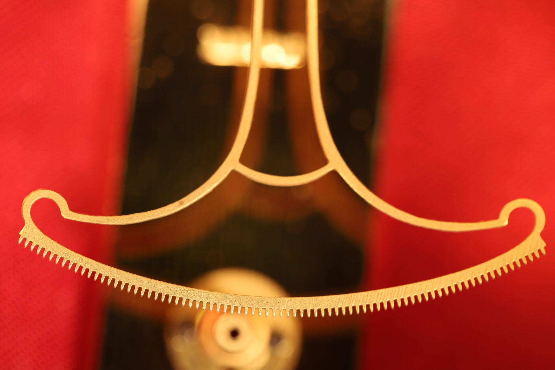 Close up of rack from movement of Jules Richard Bourdon Barometer No 45028 c1900