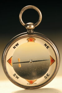 Image of Barker Radiant Transparent Pebble Lens Compass c1910 showing cardinals and intercardinals