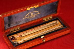 Image of Negretti & Zambra Scientific Thermometers c1915 in open travel case