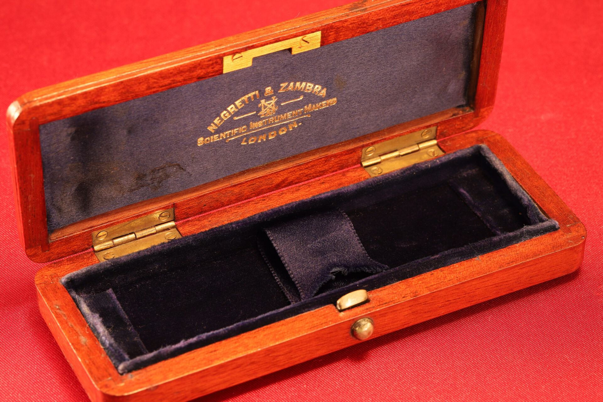Image of open travel case for Negretti & Zambra Scientific Thermometers c1915 from lefthand side