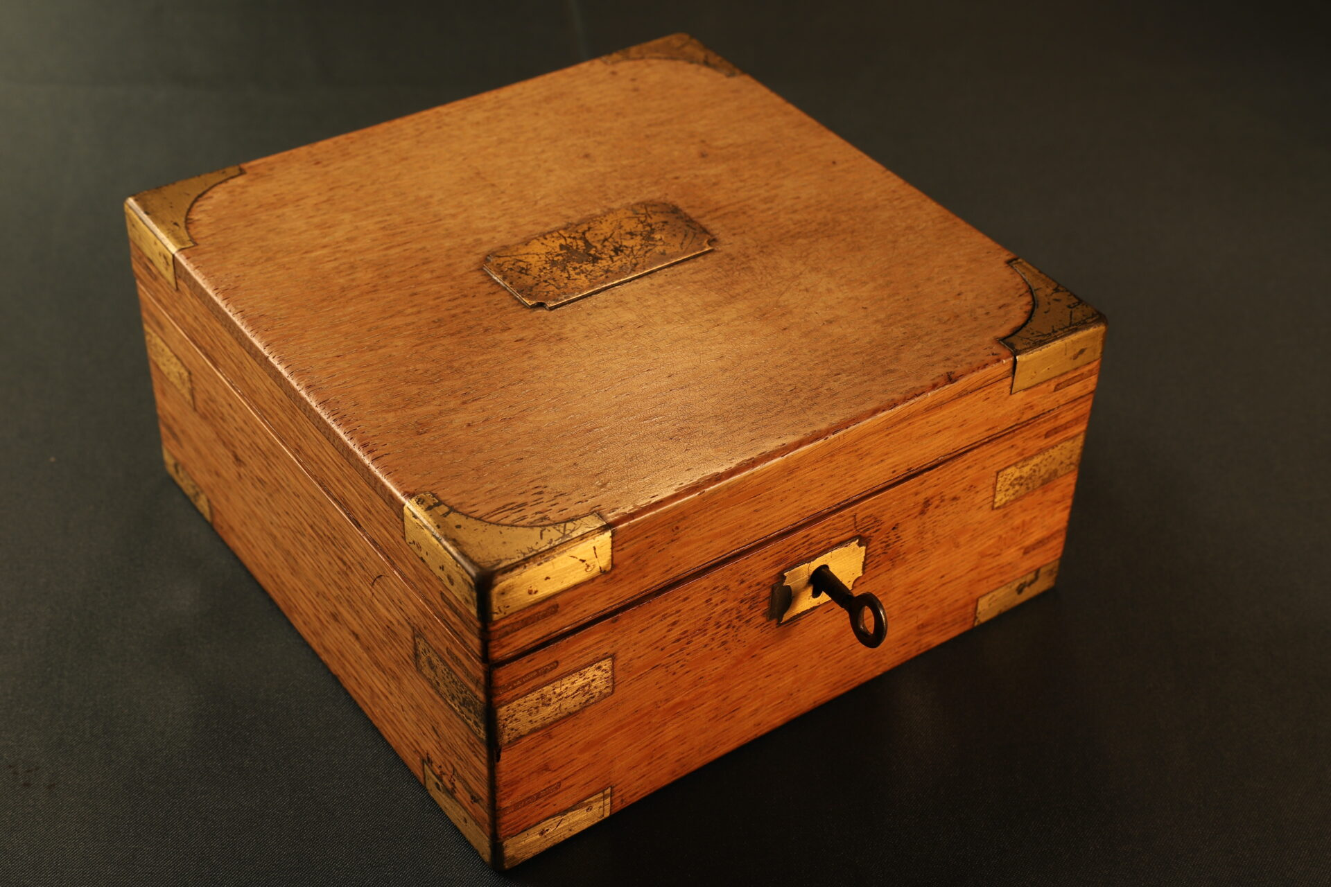 Image of closed case from Short & Mason Chart Table Barometer c1906